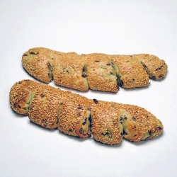SESAME KOULOURI WITH OLIVES